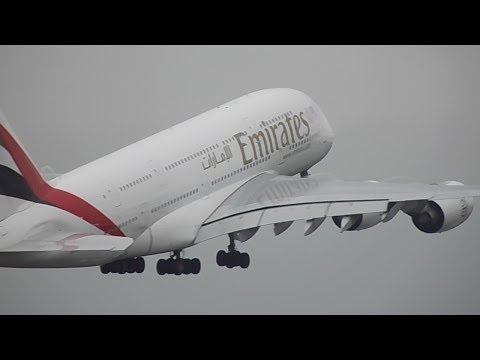 Windy PlaneSpotting @ Manchester Part 1 Inc: Emirates A380, Etihad 777, Virgin 747s, A330s, B787s