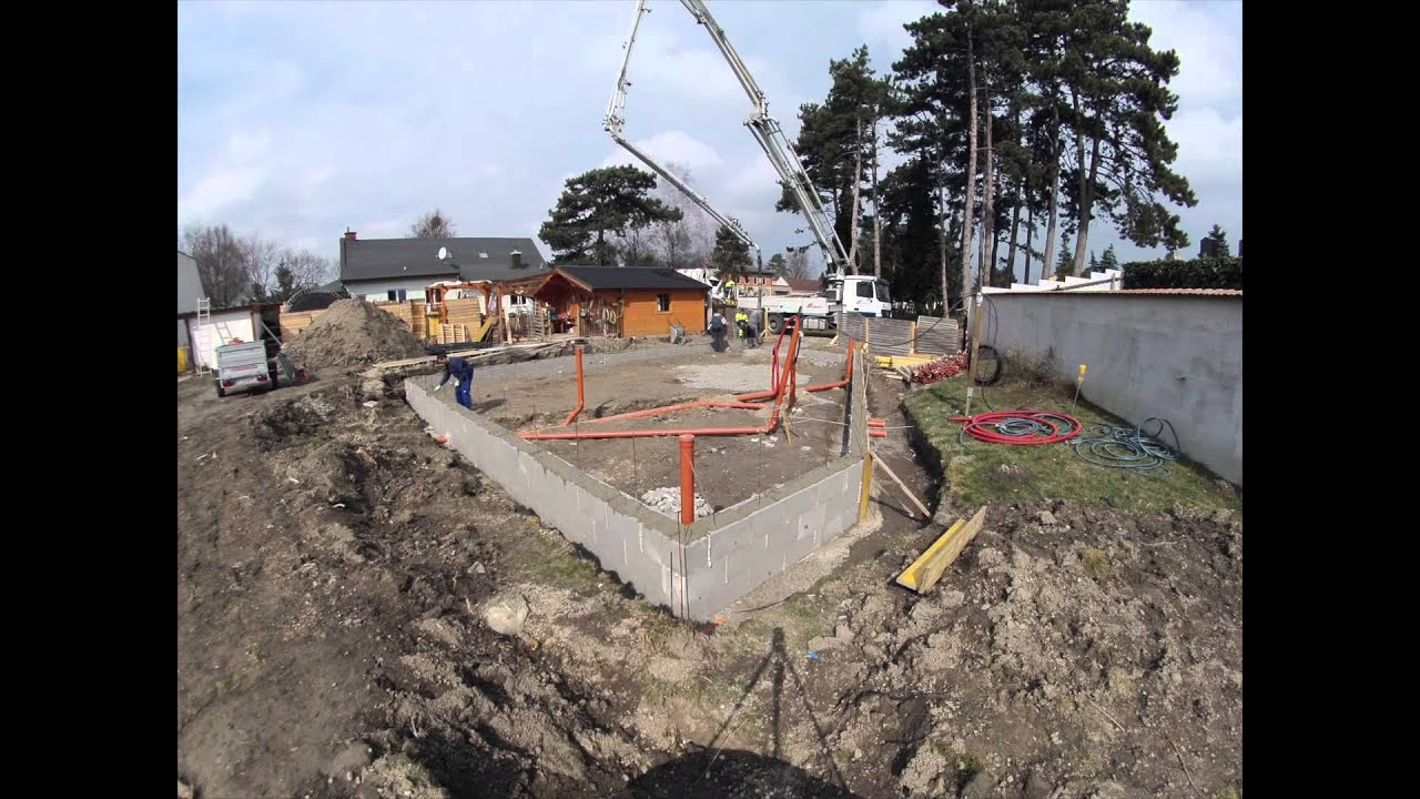 Fundament Am Hang Schalsteine Betonieren - Youtube