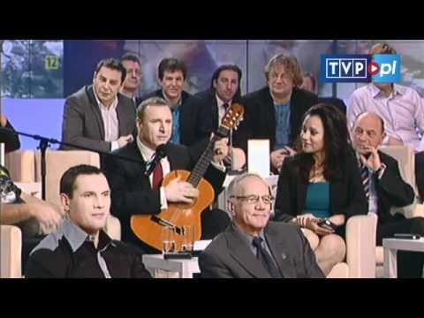 Wielki Test z Historii - Jacek Kurski gra na gitarze
