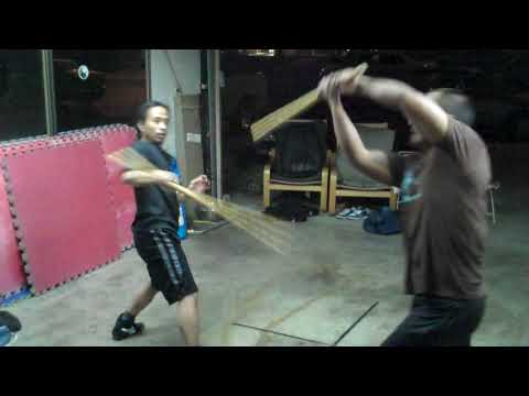 Flowing with the Long Range weapon: The Bugsay: Visayan Style Corto Kadena system