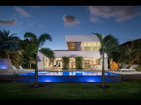 Impeccably Designed Modern Residence in Miami Beach, Florida | Sotheby's International Realty