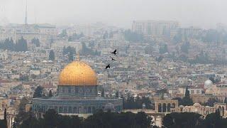 بنس يزور القدس لعدة مرات لكنه يزورها بقلبه ملايين المرات.. لماذا القدس؟…