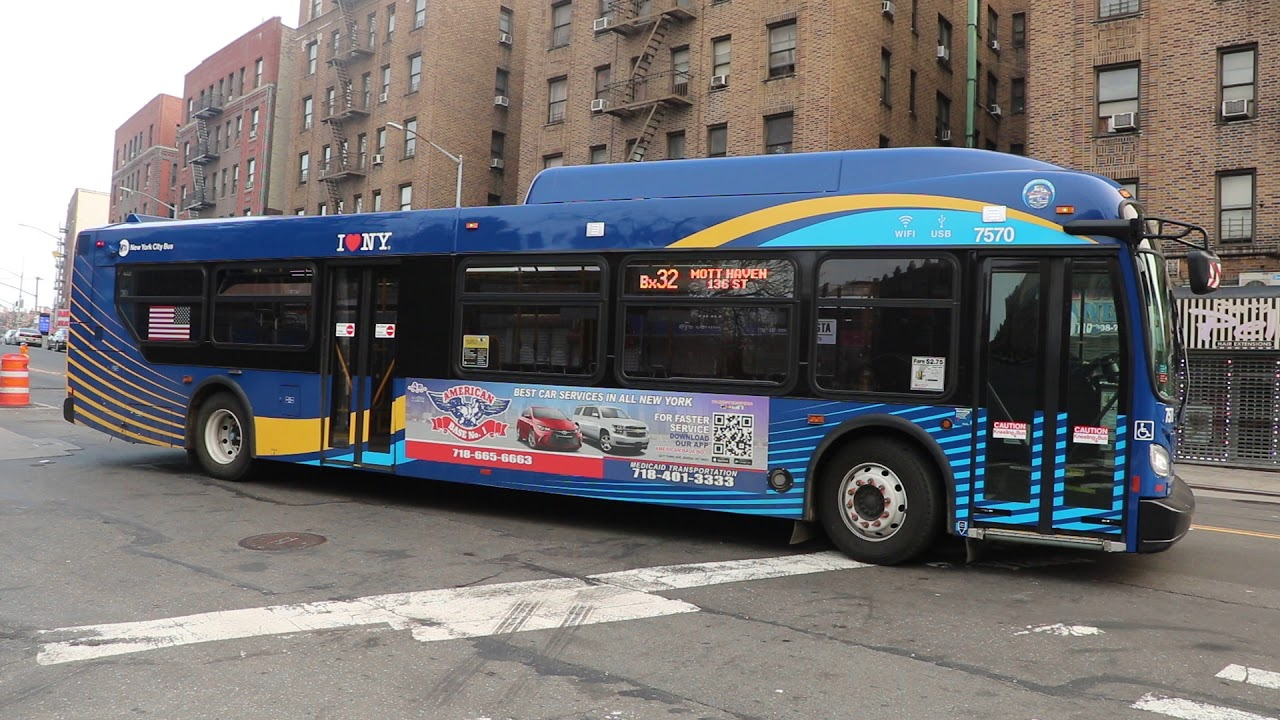 2018 New Flyer Xd40 7570 On The Bx32 At Kingsbridge Road And