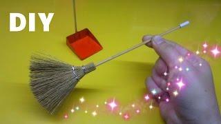 DIY How to make a miniature Broom and  Shovel / Làm đồ cho búp bê : Cây chổi và Đồ hốt rác / Ami DIY