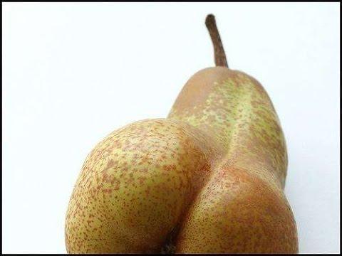 Monica bellucci pregnant nude