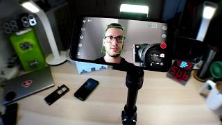 AFI V5 !!! A Telescopic Smartphone Gimbal with a Build in LED Light ???