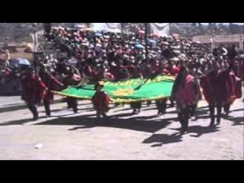 Desfile Cívico en el Cusco.