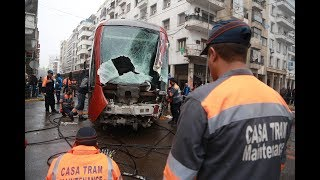شاحنة تسقط جرحى من ركاب عربات