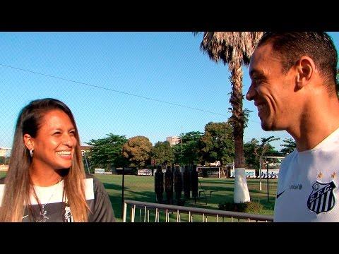 Encontro de artilheiros: Luize conhece Ricardo Oliveira