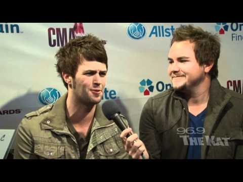 CMAs 2011 - Eli Young Band Interview with 969 The Kat