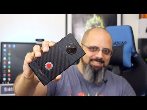 Red Hydrogen One Phone Top 5 Features After Using It for Over A Month Review On Verizon