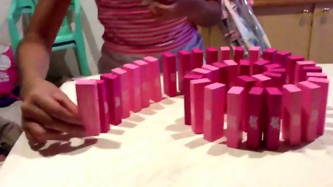 Explicacion figuras de domino para derribar youtube - Como hacer figuras con chuches ...