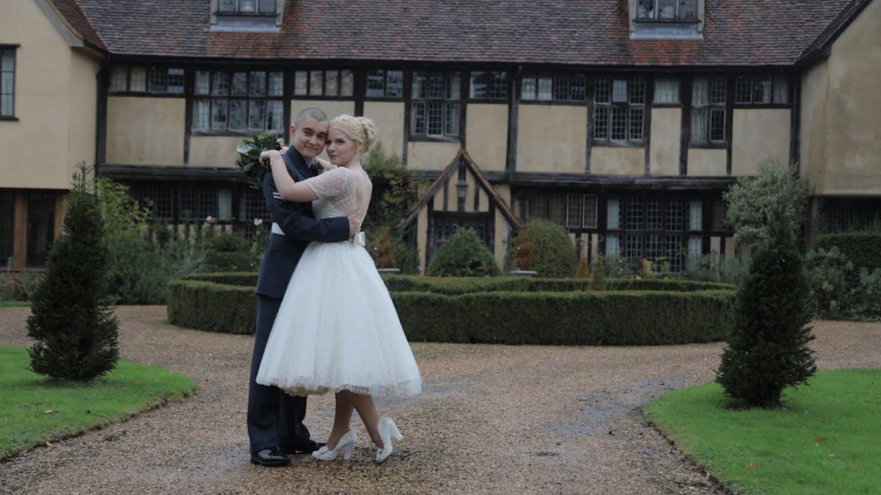 Dove Barn Wedding | Leanne & Elliott