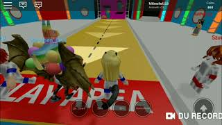 Roblox (Hole in The wall)  Malwi Roblox