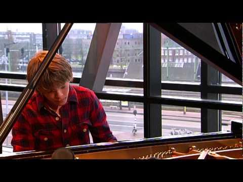 Arthur Jussen - Johannes Brahms/ Intermezzo Opus 118 nr2 (live @Bimhuis Amsterdam)