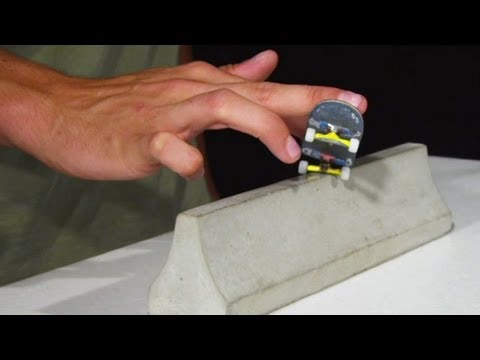 How-To Basic Fingerboard Grinds - FingerTips Tutorial 12 - Disney Exclusive
