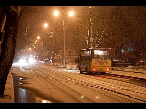 Снег в Евпатории 2015г маршрутка
