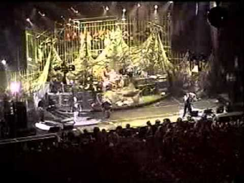 KoRn-Children Of The KoRn and Wicked live in 1998