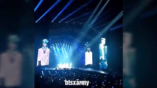 BTS V took out his earpiece and let army sing @ Love Yourself Tour in Paris 2018   YouTube