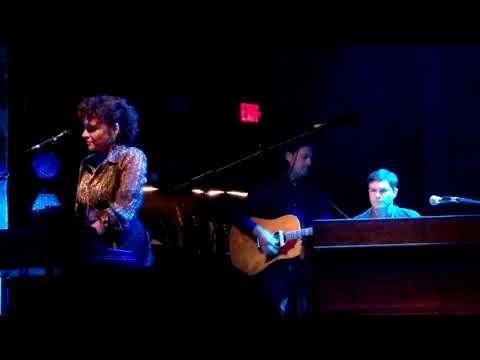 Norah Jones - Good Morning - The Queen Theater - Wilmington, DE - 6/22/19
