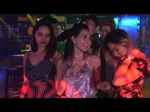 Clubbing in Singapore : Expectation vs. Reality