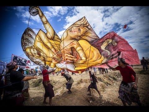 Festival Layang Layang /Aneka Layang Layang Unik Di Tepi Pantai Sanur, Bali