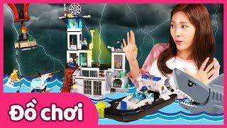 Bộ đồ chơi xếp hình cảnh sát biển Lego City   Carrie và những người bạn đồ chơi