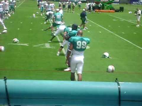 Jason Taylor at 2009 Miami Dolphins training camp