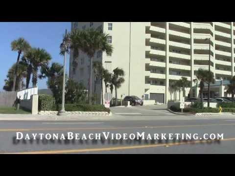 Driving South on A1A thru Daytona Beach Shores - 29 October 2013