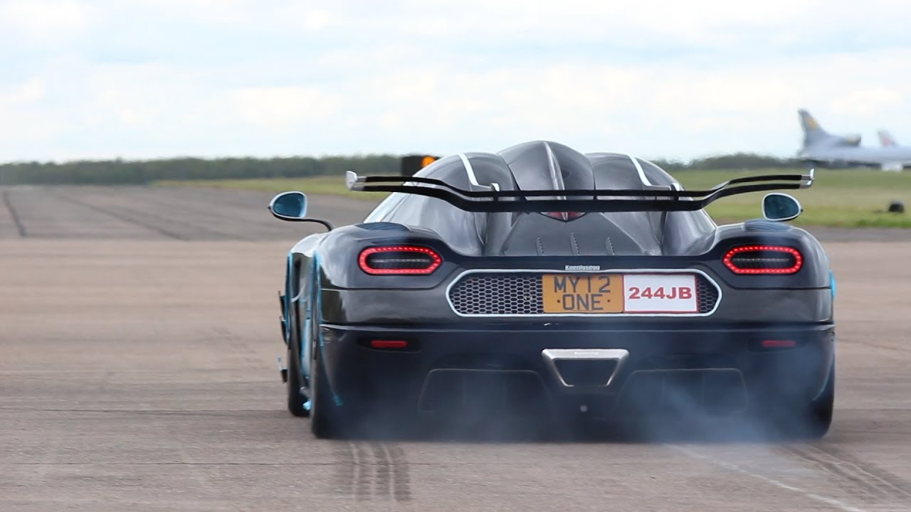 Koenigsegg One 1 >> Koenigsegg One:1 - Launch Control and Flybys at Hypermax - YouTube