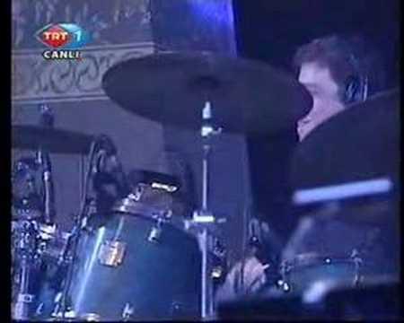 Erkin Koray - Yalnizlar rihtimi - Live - Candan Ercetin