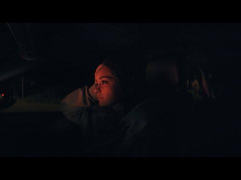 Смотреть клип Cxloe - Cry & Drive