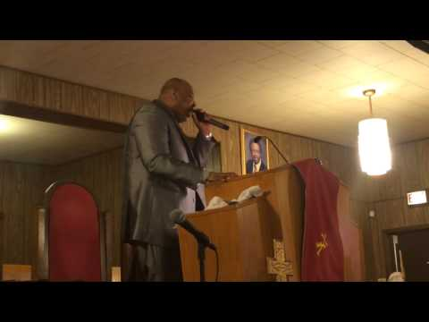 Dr Leandre Marshall, pastor of Greater Christian Unity MBC, Robbins, IL.