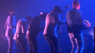 Damon Albarn - Lonely Press Play (HD) Live In Paris 2014
