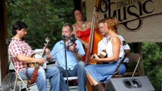 "Foghorn Stringband, ""Farther Along"""