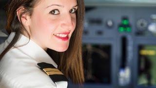 FIRST FEMALE US Air Force C-17 Transport Aircraft pilot