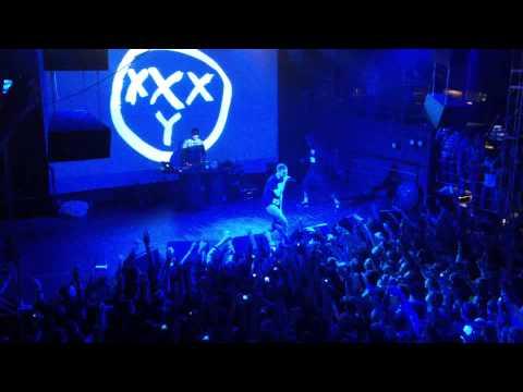 Песня Жук В Муравейнике  (концертная версия) - Oxxxymiron скачать mp3 и слушать онлайн