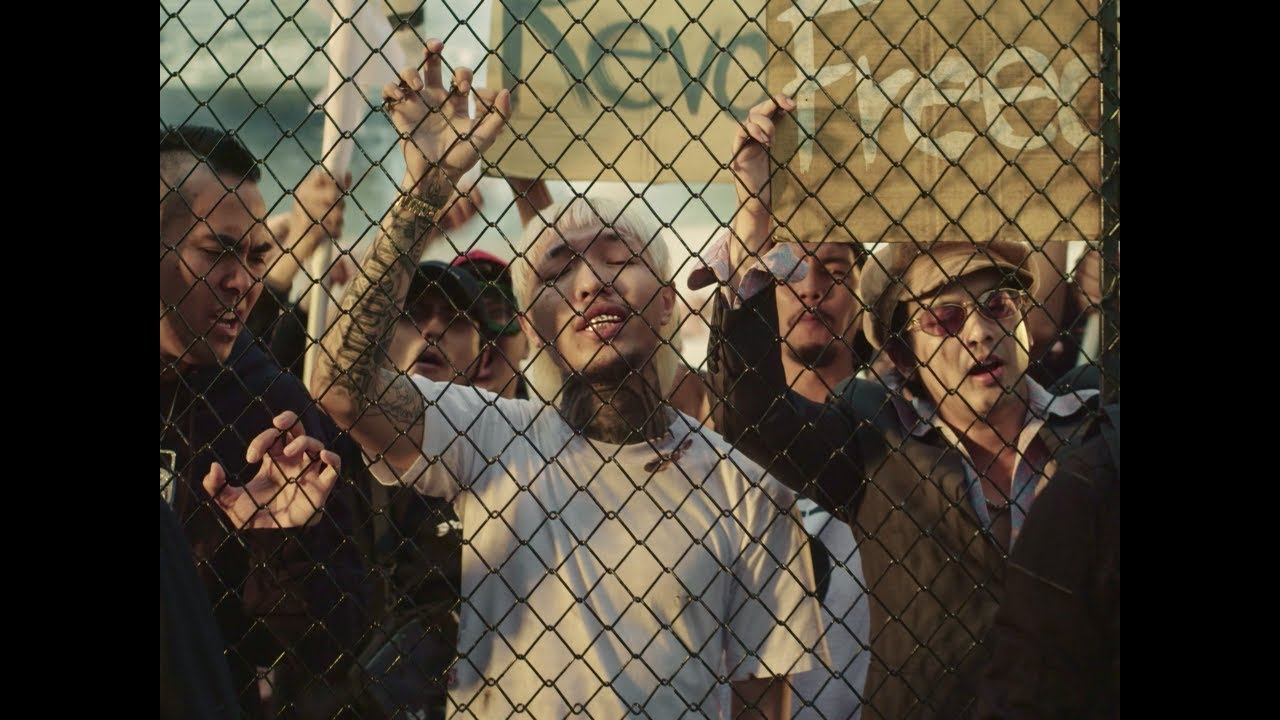 YOUNGOHM - บางกอก เลกาซี่ (Official Video)