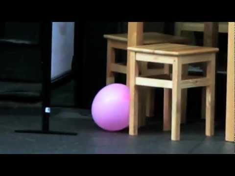 Le ballon rose (apologies to Albert Lamorisse)