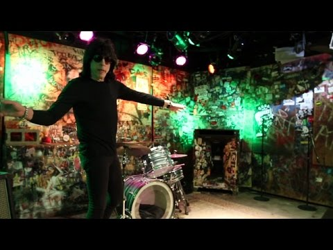 Fast Freddie - Marky Ramone remembers The Legendary CBGB Which Closed 10-15-06