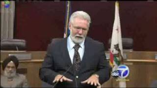 CAIR Video: Calif. Mayor Apologizes for