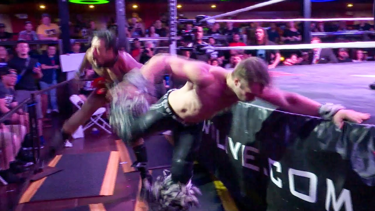 Tyler Breeze and AR Fox engage in a speedy encounter: EVOLVE 129 (WWE Network Exclusive)