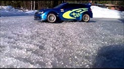 rc autot pihassa lumella