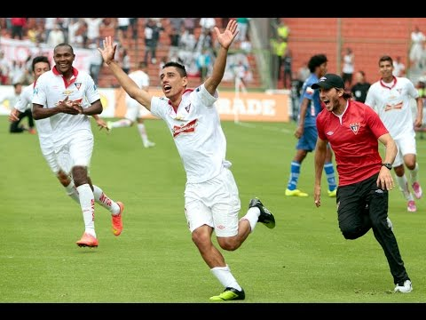 Golazo Jonathan Ramis para Liga de Quito de mas de 60 metros
