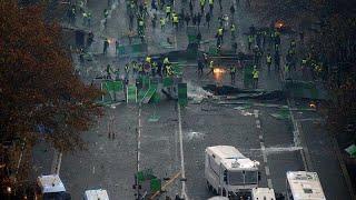 فرنسا تدرس فرض حالة الطوارئ لمنع تكرار مشاهد العنف في باريس…