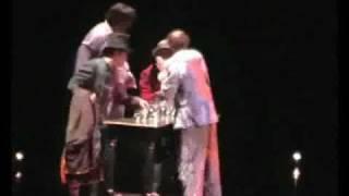 видео Шоу Corteo (кортео) в цирке дю солей