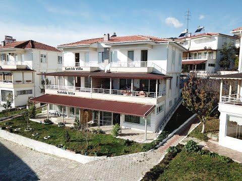 Küçükkuyu'da Satılık Deniz Manzaralı Havuzlu 5+2 Villa [675.000 TL]