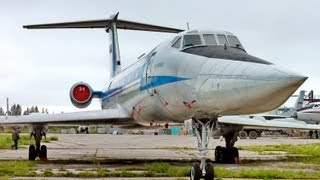 Ту-134-Взлет из кабины.(Utsikten fra flyet Ту-134-Взлет из кабины. 離陸Tupolev134からのコックピットします。ロシアです。軍基地です。, 2013-09-13T18:22:33.000Z)