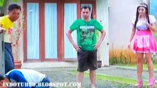 Video [LUCU] Celana Raffi Ahmad Diplorotin @ Raden Ayu 1 September 2015 - Part 5 download MP3, 3GP, MP4, WEBM, AVI, FLV November 2018