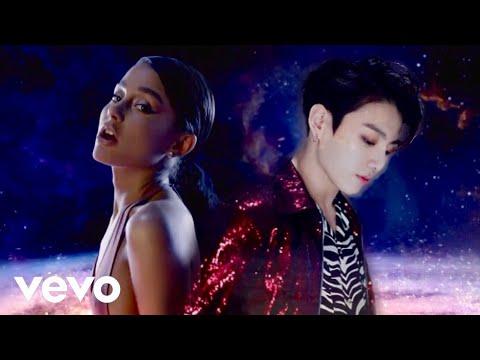 Ariana Grande X BTS (방탄소년단) - God Is A Woman / Fake Love [MASHUP]